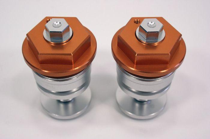 Preload sok depan dipasang menggantikan penutup sok orisinil