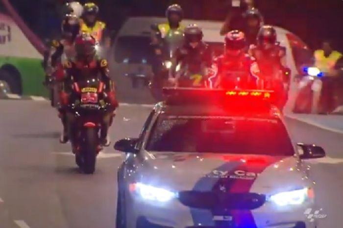 Hafizh Syahrin dan pembalap Malaysia ajak Danilo Petrucci keliling Malaysia.