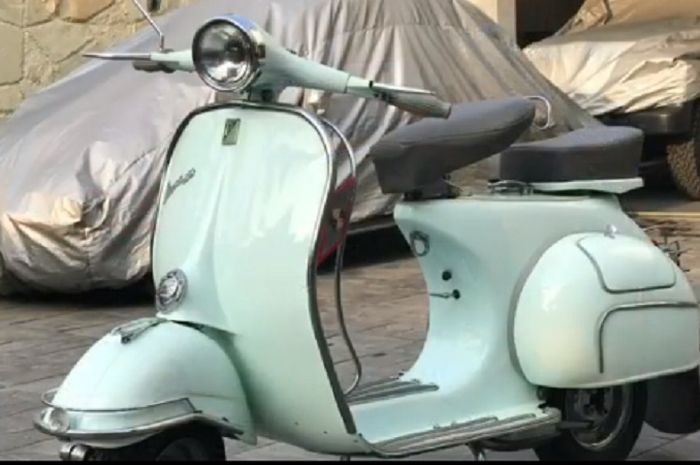 Vespa VBB 1962 milik Andre Stinky dijual.